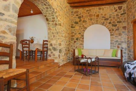 Greek House – Two-Bdrm House - Rodos - Hus