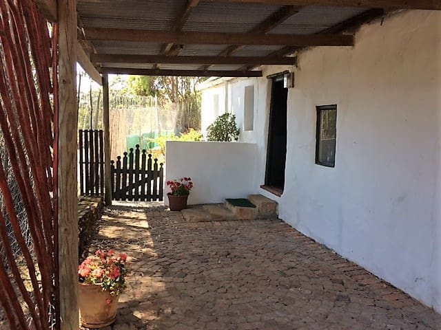 Whip-poor-will Cottage. Napier, Western Cape.