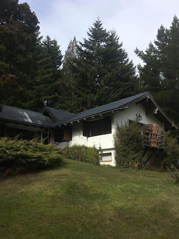 Excelente casa en Bariloche, zona Llao Llao