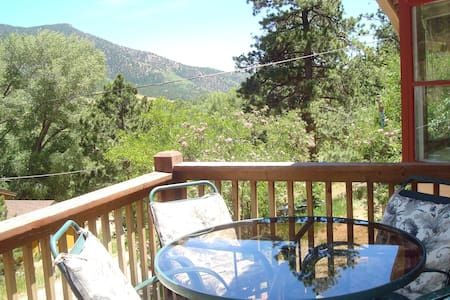 Rocky Mountain Retreat Mtn Views - Cascade-Chipita Park