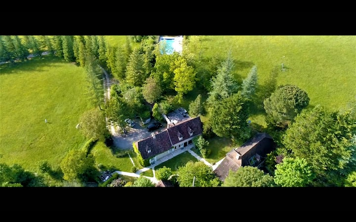 Gîtes 'Heart of Lot' quietness, private pool, view