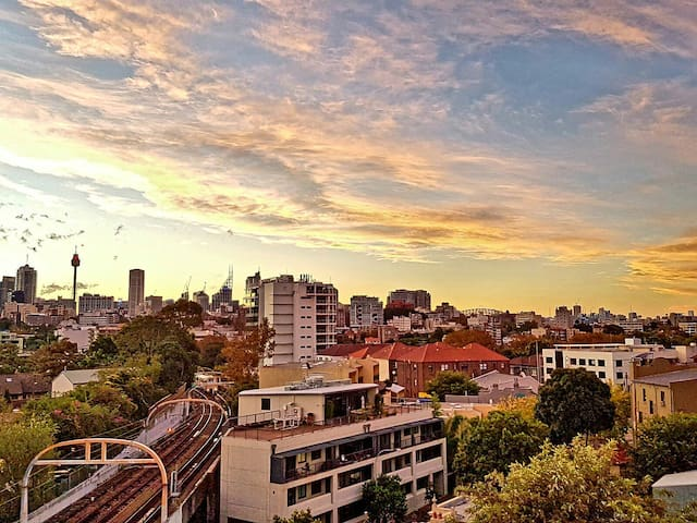 Cozy apartment close the city with amazing views - Edgecliff - Apartment