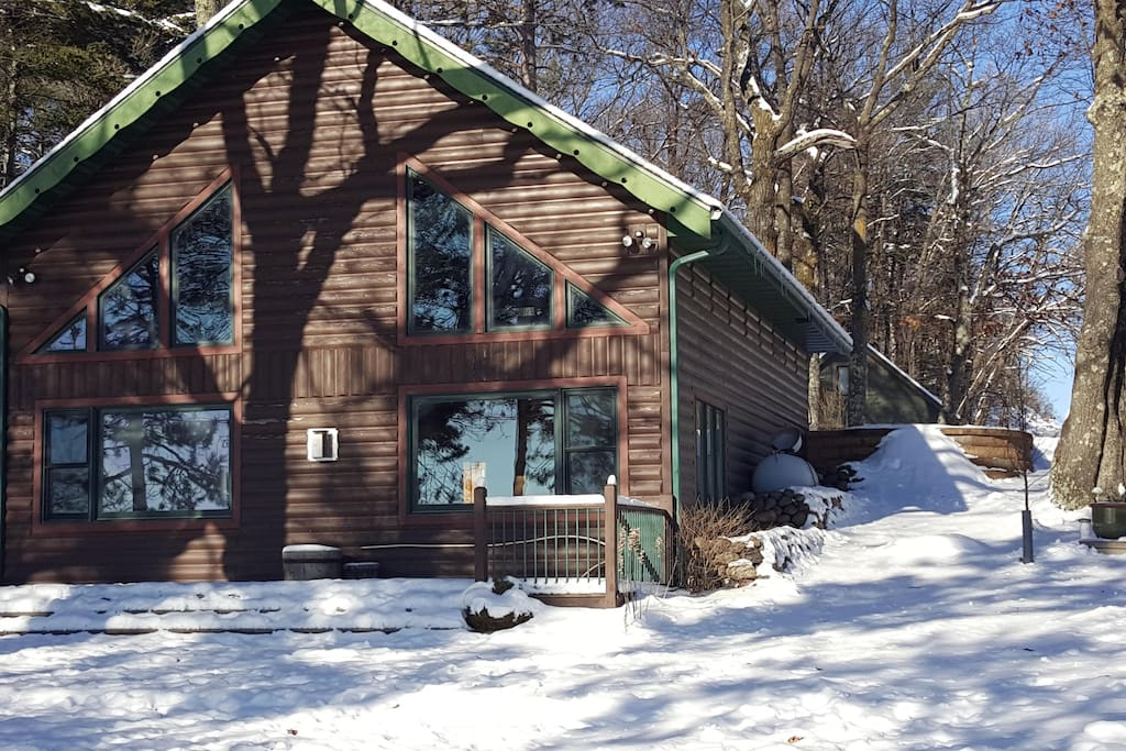 Cozy Lake Retreat Cabins For Rent In Hayward Wisconsin