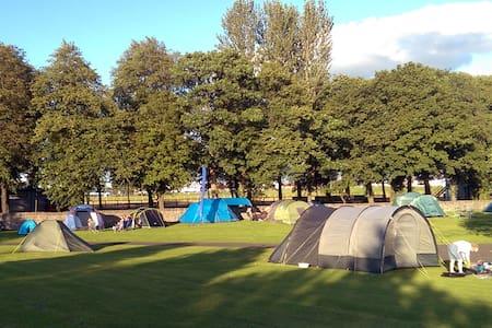1 Man Tent EdinburghFestivalCamping - Edimburgo