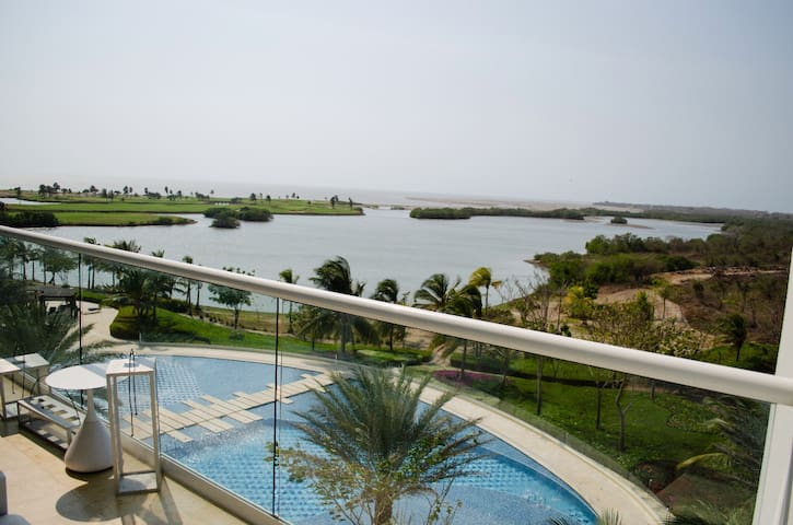 DELUXE OCEAN VIEW APT IN KARIBANA GOLF @Cartagena