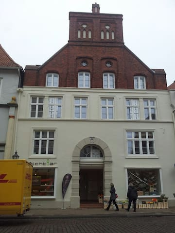 Junge altbau Maisonette Wohnung - Lüneburg - Condominio