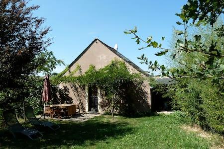 Gîte Kaltex - Lunac - Rumah