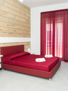 ARENARIA B&B red - Avola
