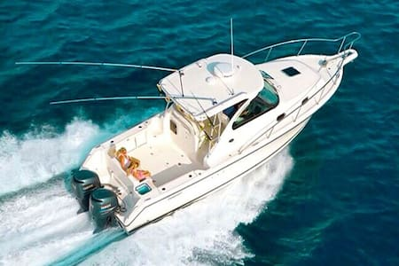 33 ft Mini Yacht - Rent your own yacht for a day! - Cartagena