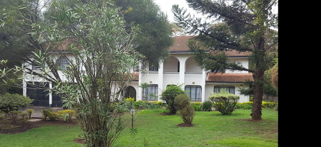 Karen  Nairobi Serene Home near Giraffe Sanctuary