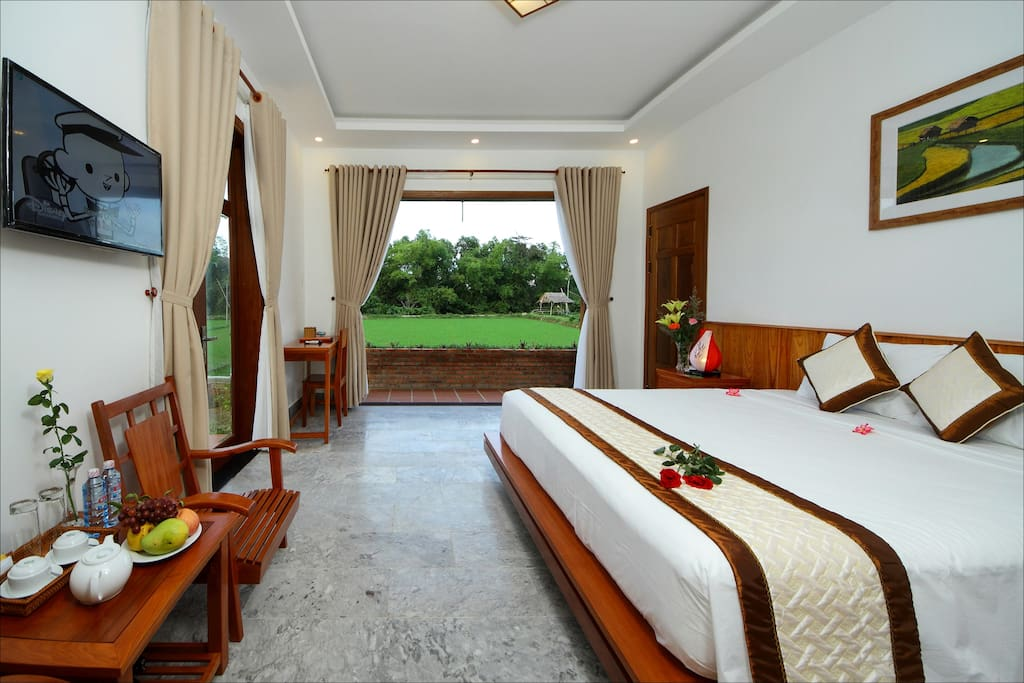 Room looking over the rice paddy