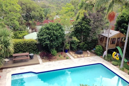 Large family home with pool - Forestville - Casa