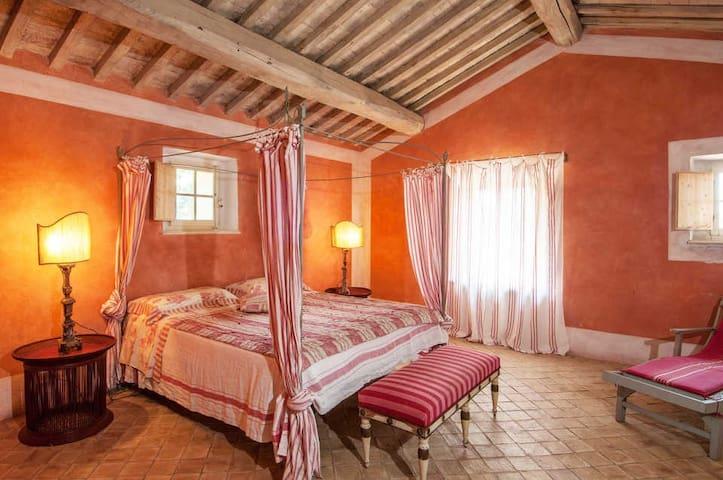 Lavacchio - Elegant and Stylish Villa - Poggio alle Mura - House