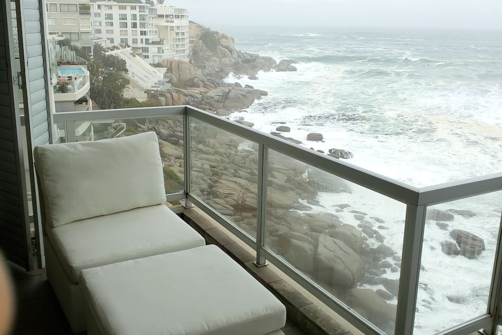 Outdoor Deck with the most incredible Ocean views