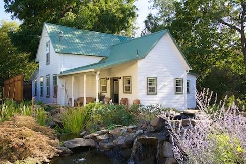 Nestledown Historic Country Farmhouse