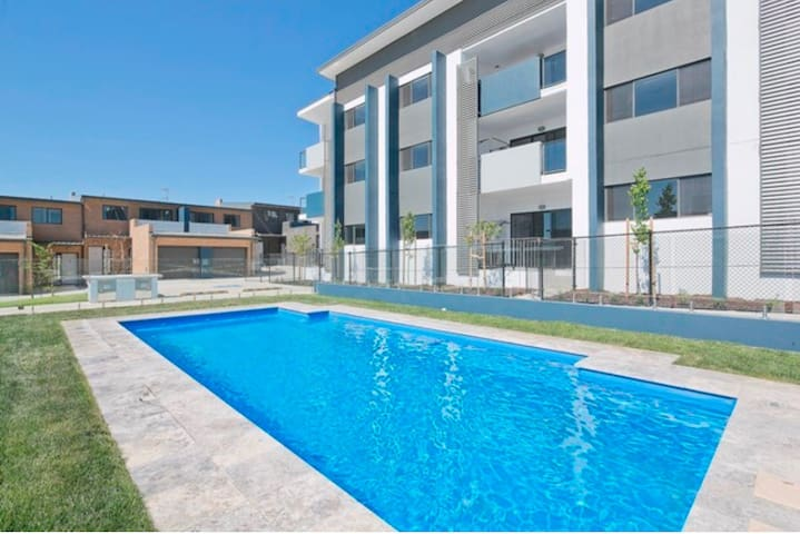 New 2 Bedroom Apartment in Canberra - Coombs, Australian Capital Territory, AU - Appartamento