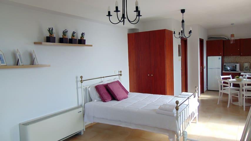 New Kardamili Resort - Λεβάντα - Καρδαμύλη - Byt