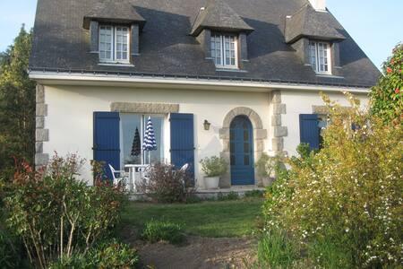 Maison de campagne Bretagne Sud - Plumelec - Hus