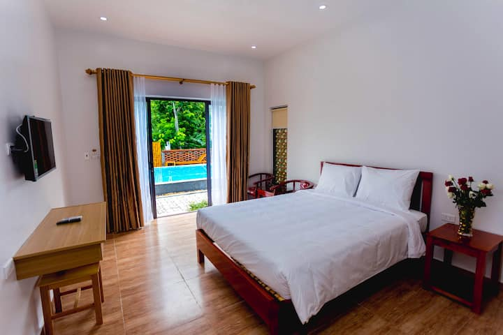 Superior Room - Son Doong Bungalow