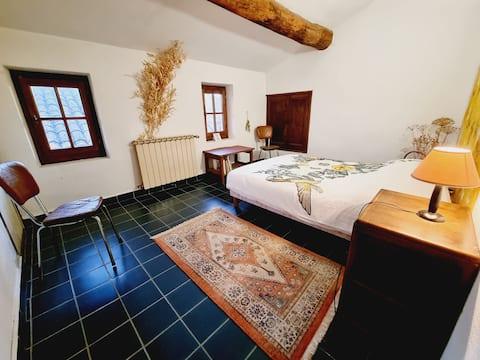 Appartement authentique au cœur du Luberon