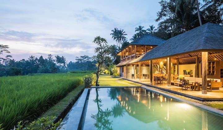 Benisari Batik Garden Villa