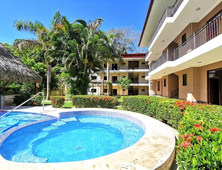 New! Apartamento equipado, 2hb, Playa Hermosa Jaco