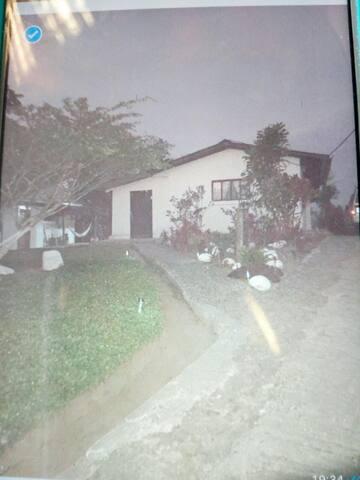 Hermosa casa de Campo, Nanegalito