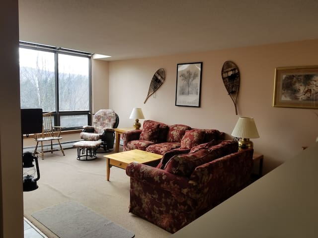Two Story Townhouse in beautiful Southern Vermont