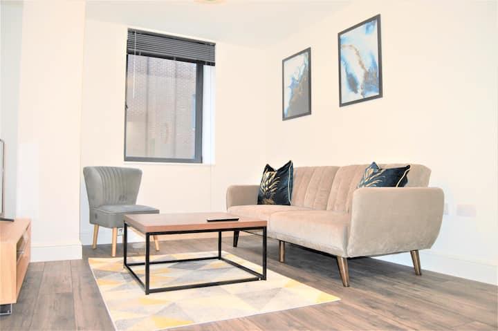 Royal Suite, Elegant Spacious Central Apartment