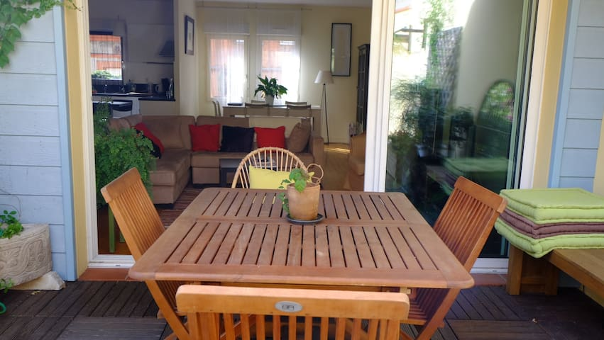 Centre, terrasse privée, clim, calme, confort