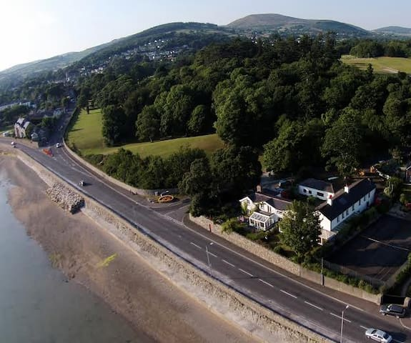 Glensheelin, 4 Star Self Catering Apartment. - Rostrevor - Flat