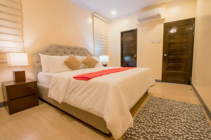 Enjoy your Garden Masters Suite with walk-in closets and full attached modern bathroom.