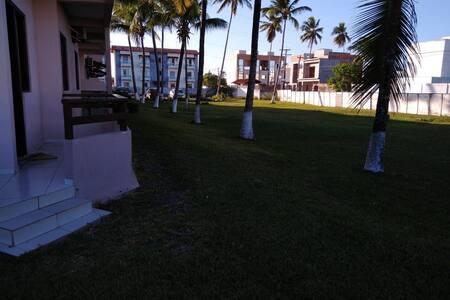 Aluguel por temporada na praia do Guaibim