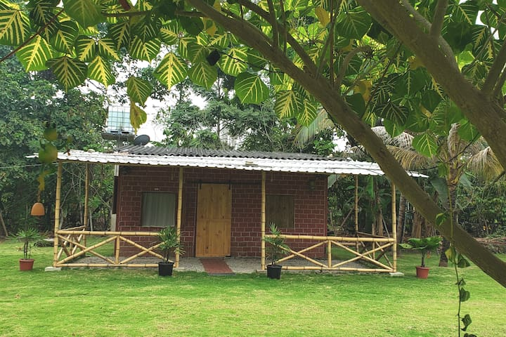 Relajante casa de campo en medio de la naturaleza