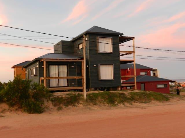 Cabañas Utopía - Playa de La Viuda area
