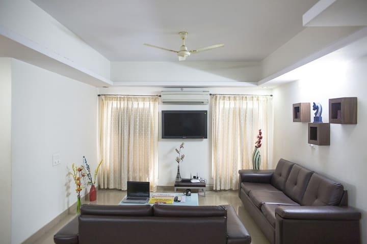 3 BHK Apartment 1, Banjara Hills,R#10