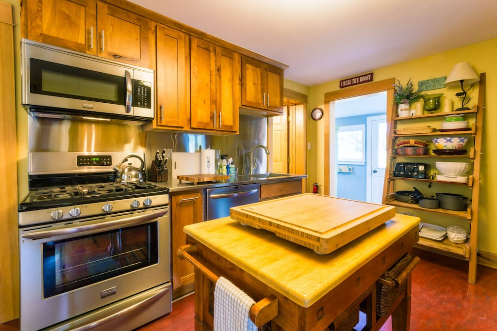 Gorgeous newly remodeled kitchen with every amenity you will need to prepare or host a meal.