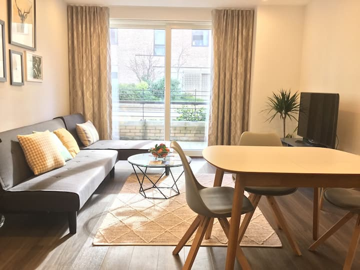 Upstay Serviced Apartments Station Suite