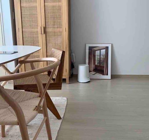 디자이너의 집, Designer's home (신사역3분,SINSA stn 3mins)