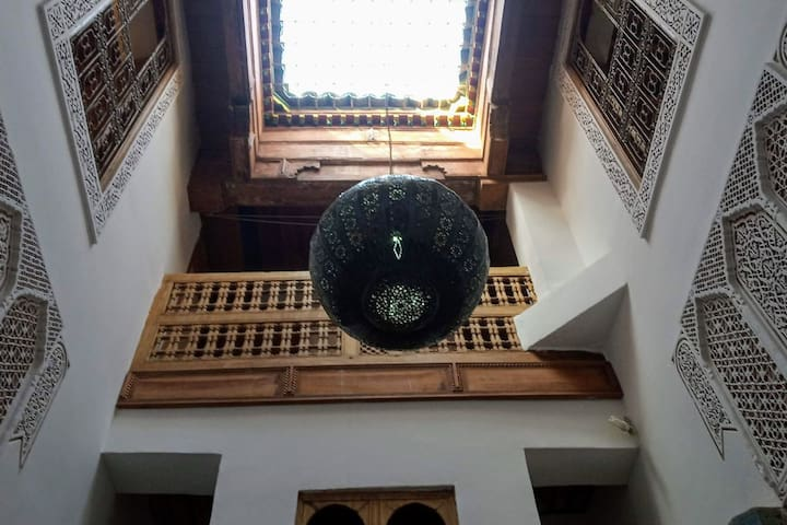 DAR SGHIRA. Lovely little house, in Fez medina