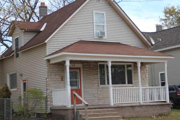 Conveniently located home in downtown Marquette
