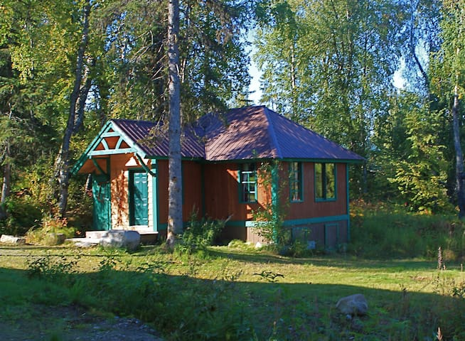 Kahiltna Chalet at Out of the Wild