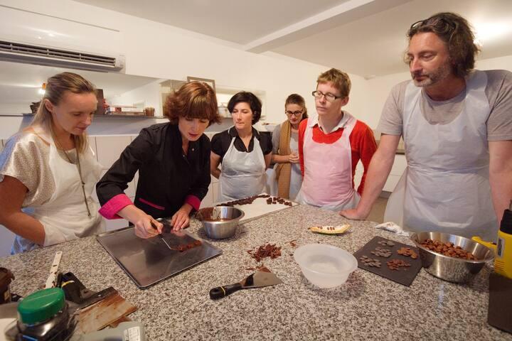 Atelier Cho Devant ! - La maison de Karen chocolat , à Limonest dans le Rhône