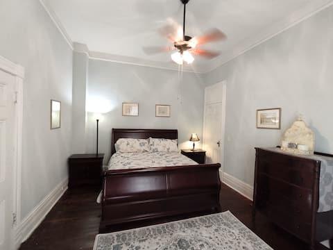 Quaint Historic In-Town Ground Floor Apartment