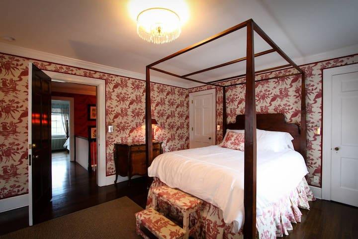 Maison Marcel - Caldwell Room