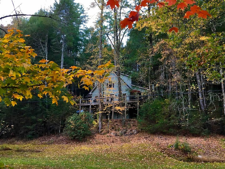 Wit's End - Conasauga, The Family Gathering Spot