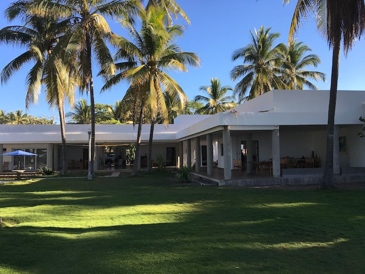 Playa Metalio Beachfront House