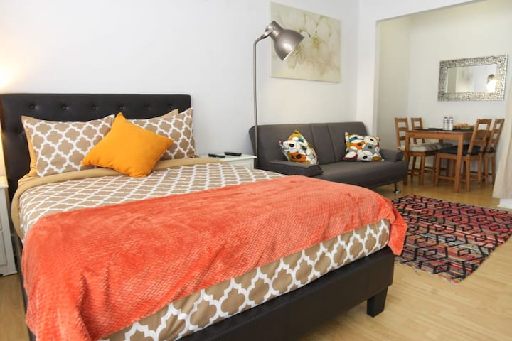 Maryplaces Cozy Apartment near Staples Center LA