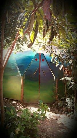 Domo Villa Invisible