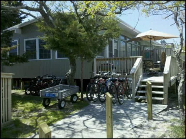 Fire Island Beach House Sleeps 10. Newly Renovated